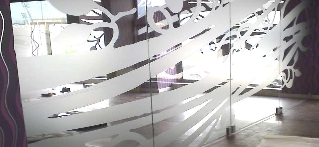 Vinilos cristales puertas gallery of debo incluir esta - Decorar cristales de puertas ...