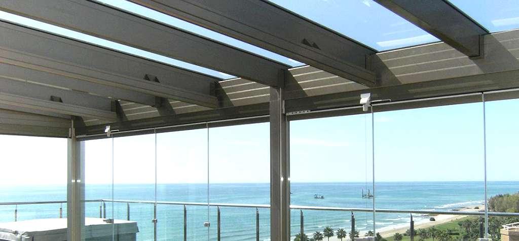 Cristaleria Barcelona Techos moviles y fijos de aluminio y cristal en Barcelona