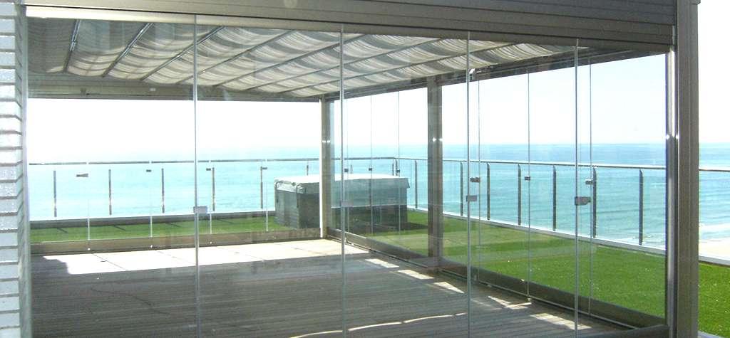 Cristaleria en Barcelona Techos moviles y fijos de aluminio y cristal en Barcelona